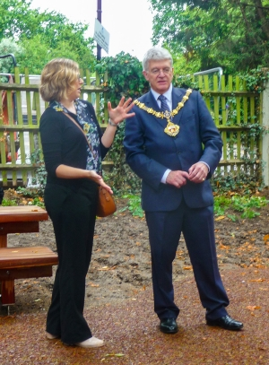 Monica Castelino and Mayor Cllr Will Pascal